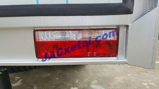 Đèn hông thùng Xe tai jac 5 tan