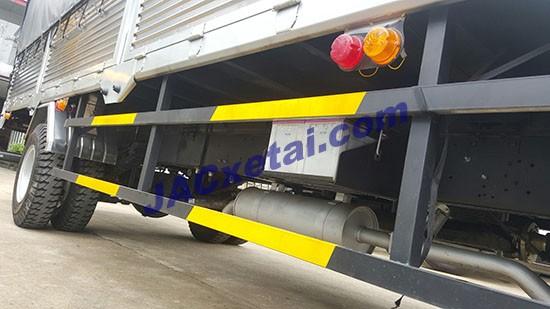 Cảng hông xe tai JAC 6t4