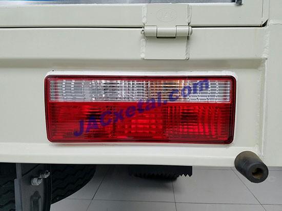 Đèn thùng xe tai jac 8,4 tan
