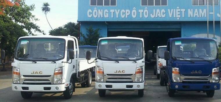 nội thất xe tải Jac 1.65 tấn