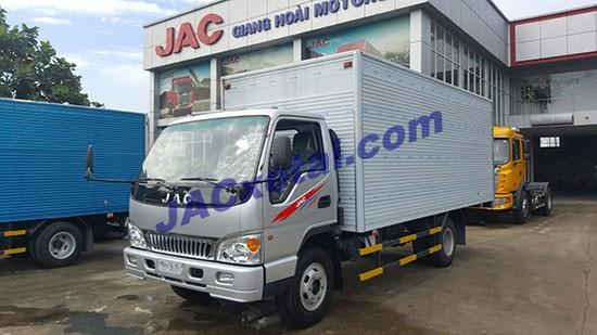 xe tai jac 4.9 tan thung kin