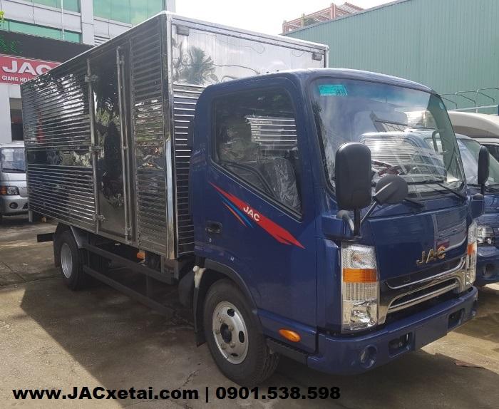 xe tai jac n200 thùng kín màu xanh